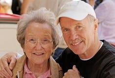 Oudere Moeder met Zoon Royalty-vrije Stock Fotografie