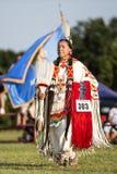 Oudere Shawnee Indian Woman bij pow-wauw Royalty-vrije Stock Afbeelding