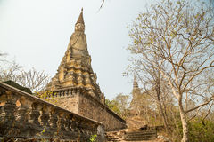 Oudong, поднос Treung Chetdei, stupa содержит остатки короля Siso Стоковое фото RF