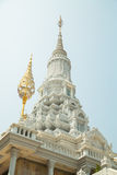 Oudong, stupa die overblijfselen van Boedha bevat Royalty-vrije Stock Afbeeldingen