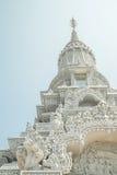 Oudong stupa som innehåller reliker av Buddha Arkivbilder