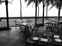 Oudoor al fresco dining area in heritage hotel. A photograph showing the outdoors alfresco fine dining restaurant area of a historic heritage hotel in Georgetown Stock Photos