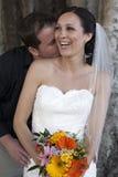 Oudoors de couples de mariage Photos libres de droits