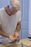 Oudste met capsules stock foto's