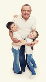 Oudste met het portret van de kinderenfamilie stock foto