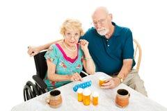 Oudsten die door Gezondheidsproblemen worden gefrustreerd Stock Foto's