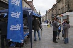 Oui référendum 2014 d'Indy d'écossais de défenseurs Photographie stock libre de droits