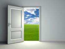 öppen white för dörr Arkivfoto