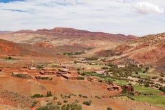 Ounillavallei, Marokko, Hoog Atlaslandschap Argan bomen op Th Stock Afbeelding