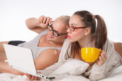 Сouple with laptop Royalty Free Stock Photography
