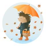 Ouriço que guarda um guarda-chuva e uma cesta dos cogumelos Fotografia de Stock Royalty Free