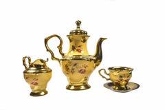 Ouro amarelo da porcelana do jarro do copo do fabricante do potenciômetro do café chapeado Fotos de Stock Royalty Free