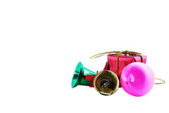 Ouro da esfera do Natal e sinos verdes Imagem de Stock Royalty Free