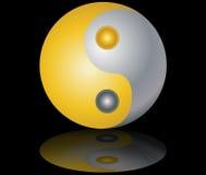 Ouro de Yin e de yang e fundo preto de prata Fotografia de Stock