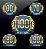 Ouro do crachá do aniversário e azul 60th, 70th, 80th, 90th, 100th anos Imagem de Stock