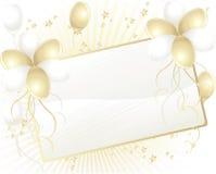 Ouro e balões brancos com o cartão para o texto Foto de Stock