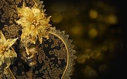 Ouro e máscara venetian do preto Fotografia de Stock Royalty Free