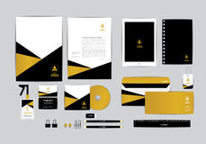 Ouro e preto com molde da identidade corporativa do triângulo Foto de Stock Royalty Free