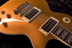 Ouro elétrico imagens de stock royalty free