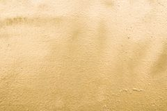ouro Fundo escovado da placa de ouro Textura dourada do metal foto de stock