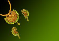 Ouro neck-less Imagem de Stock Royalty Free