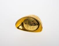 Ouro ou símbolos chineses do meio do lingote do ouro da riqueza e da prosperidade Imagem de Stock
