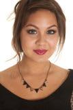 Ouro preto dos triângulos da colar da mulher Foto de Stock
