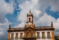 Ouro Preto, Minas Gerais, Βραζιλία: Το μουσείο Aleijadinho Τετράγωνο Tiradentes σε Ouro Preto, Βραζιλία στοκ φωτογραφίες με δικαίωμα ελεύθερης χρήσης