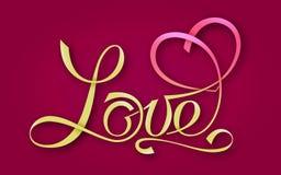 Ouro que rotula o AMOR com o coração simbólico em um fundo vermelho Para temas como o casamento do projeto do t-shirt, o dia de m ilustração royalty free