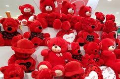 Ours de nounours rouges Images stock