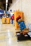 Ours de Paddington à la station de Paddington à Londres, R-U photo stock