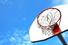 Outdoor basketball hoop Royalty Free Stock Photos