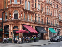Outdoor cafe in Mayfair Royalty Free Stock Photography