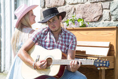 Outdoor Contry music couple Royalty Free Stock Images