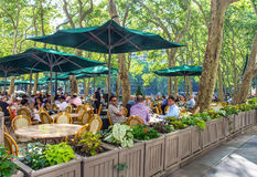 Outdoor Dining Bryant Park Royalty Free Stock Photos