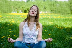 Outdoor meditation Royalty Free Stock Photos