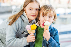 Outdoor portrait of adorable kids Royalty Free Stock Photos