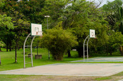 Outdoor public basketball Royalty Free Stock Images