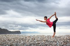 outdoors йога Стоковая Фотография RF