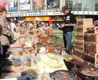 Outdoors продавайте в розницу сувениров ремесленничества стоковое изображение