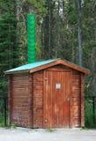 outhouse κούτσουρων Στοκ φωτογραφίες με δικαίωμα ελεύθερης χρήσης