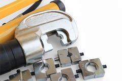 Outil à sertir de câble hydraulique réglé avec l'espace pour des textes Photos libres de droits