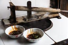 Outils chinois de régimes et de production de nouille Images libres de droits