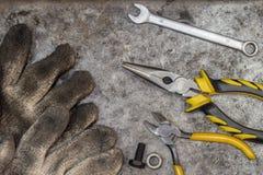 Outils d'atelier de bricoleur de difficulté et de réparation Photos libres de droits