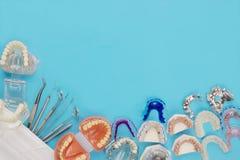 Outils de dentiste et orthodontique Images stock