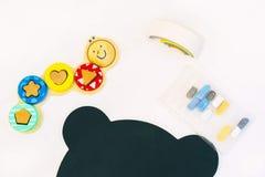 Outils de dessin et jouets image stock