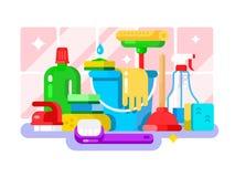 Outils et détergent de nettoyage dans la conception plate de bouteille Photographie stock