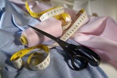 Outils et tissu de tailleur Images libres de droits