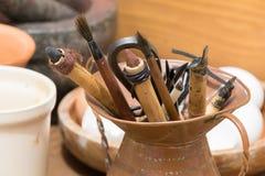 Outils médiévaux historiques traditionnels d'écriture Photographie stock libre de droits