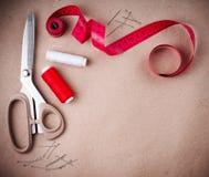 Outils pour coudre et fabriqué à la main Photo libre de droits